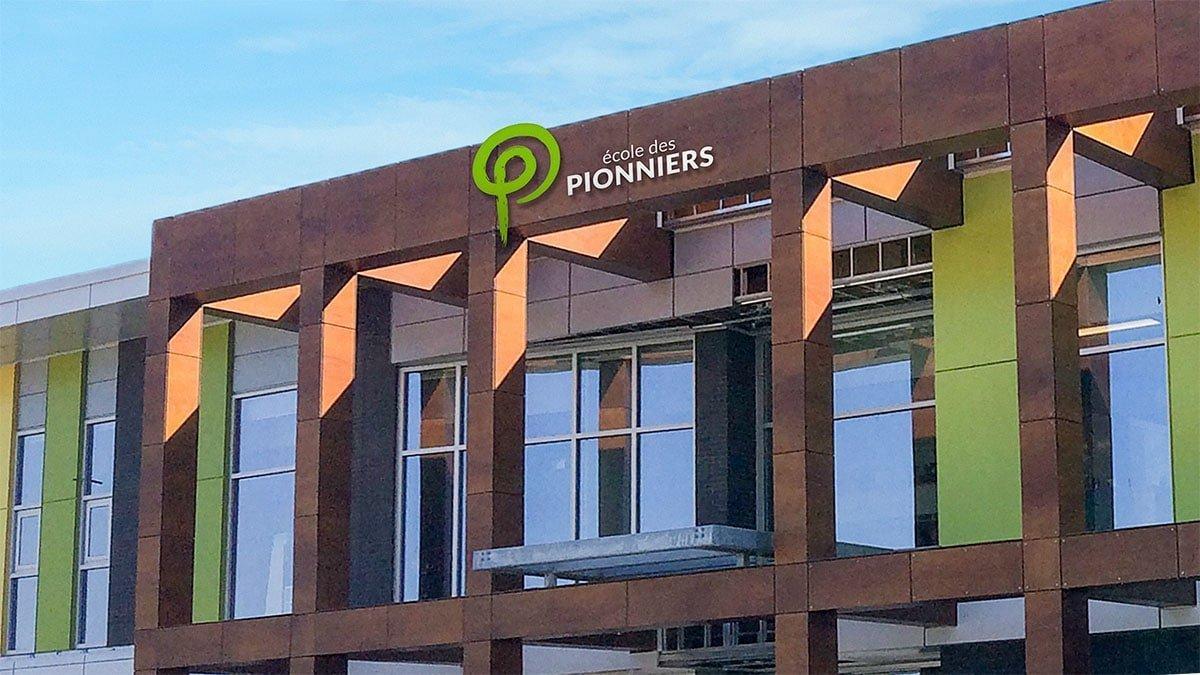 ecole_des_pionniers_006 École des Pionniers - Logo